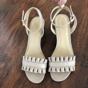 Michael Kors Bella Ruffled Blocked Heels 7.5